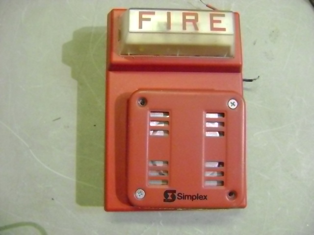 SIMPLEX FIRE ALARM RED FLASH HORN STROBE WALL MOUNT COMBO 4903 ...